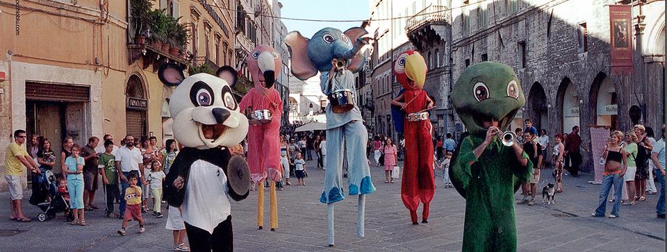 Abraxa Teatro - La Danza delle Fiere - Teatro di Strada