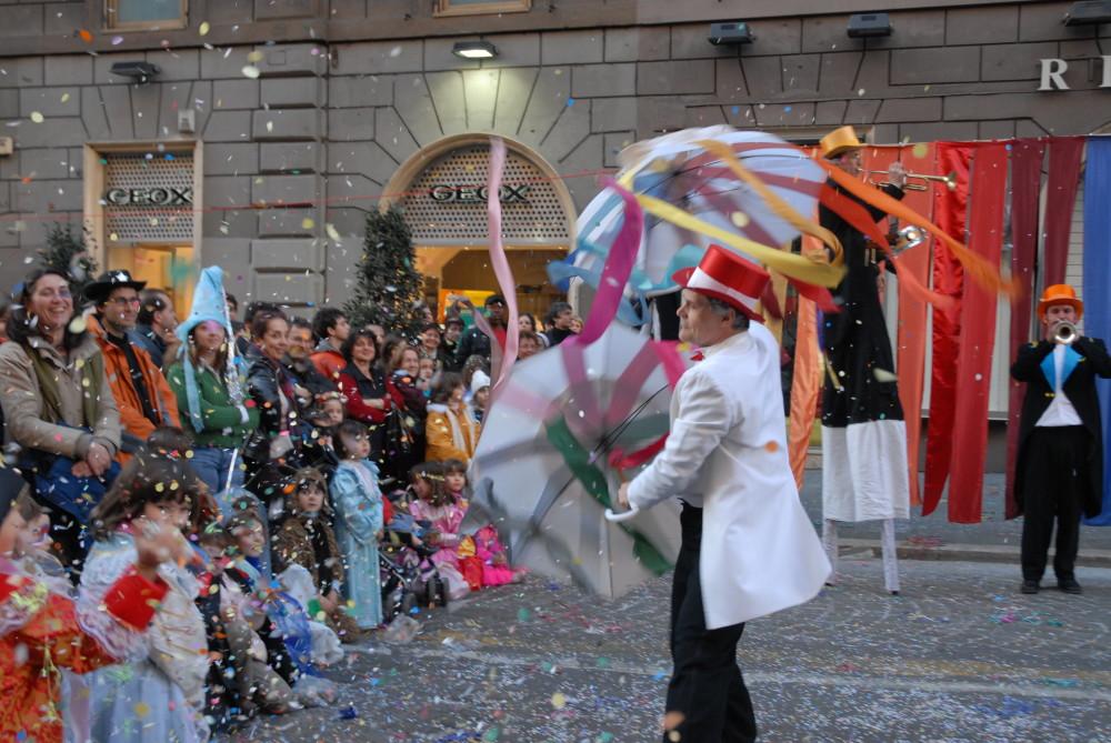 Abraxa Teatro - La Festa dei Colori