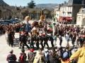 Abraxa Teatro - La Danza delle Fiere - Teatro di Strada - Teatro di Figura con trampolieri - Francia